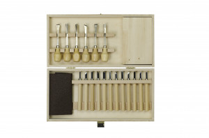 Carving set in tool box